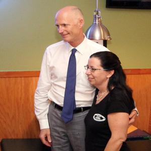 Gov. Rick Scott and Debbie Beutel Owner - Tin Fish Port St. Lucie